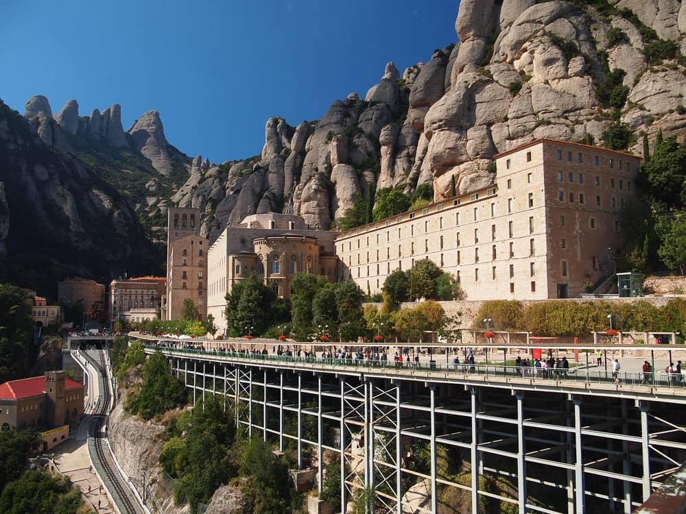Barcelona: Montserrat & Montjuic