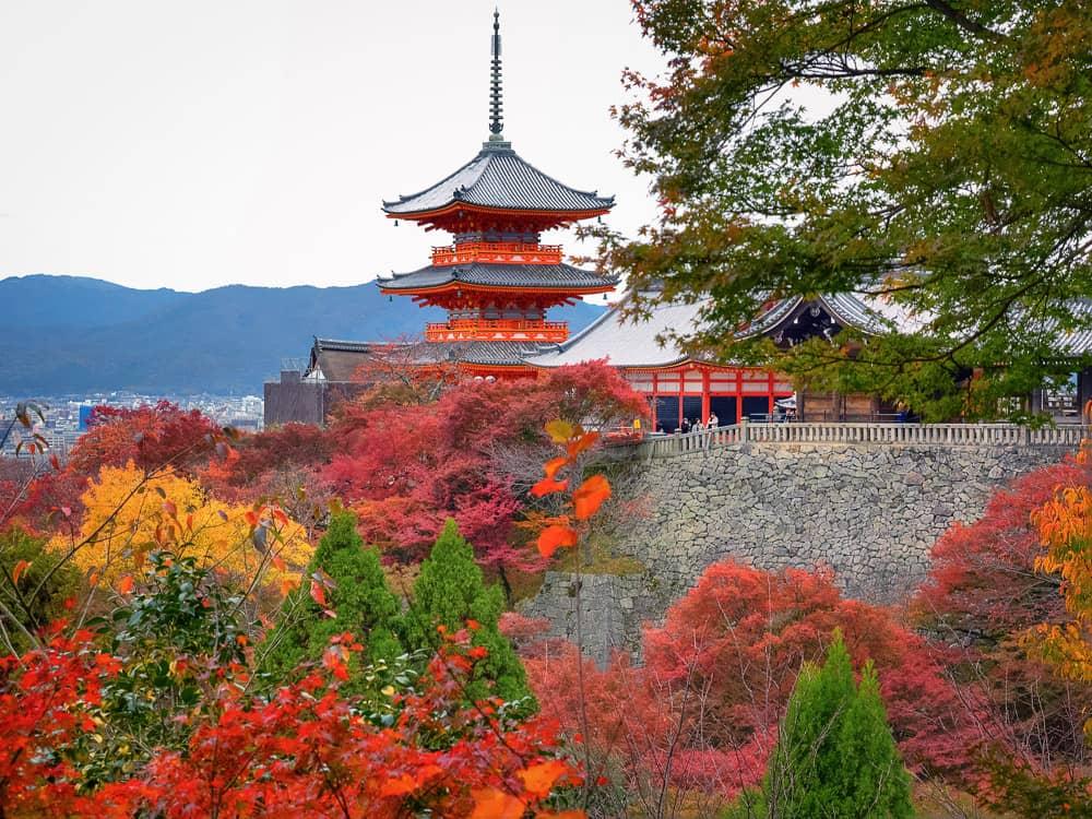 JAPAN 2017: DAY 1, PART 1 – Kyoto – Kiyomizu-dera, Ryozen Honbyo, Ryozen Kannon