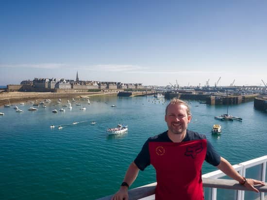 Day Eight & Nine: Rennes to Portsmouth vis Saint Malo | France Fully Loaded Cycle Tour