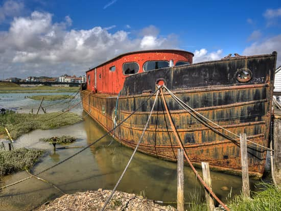 House Boats On The River Adur – Shoreham