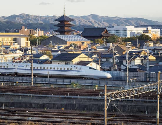JAPAN 2017: DAY 4 – Kyoto – Kyoto Railway Museum, Suzaku no Niwa Night Illuminations