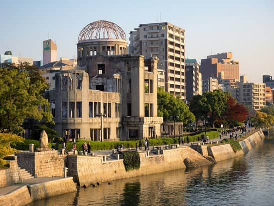 JAPAN 2017: DAY 9 – Hiroshima – Hiroshima Peace Memorial Museum, A-bomb Dome